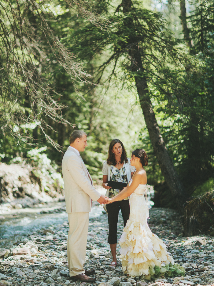 canadian mountain elopement 41