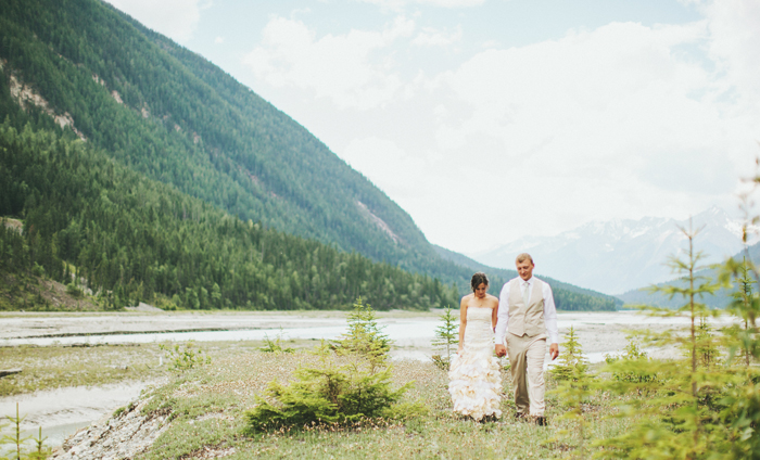 canadian mountain elopement 54