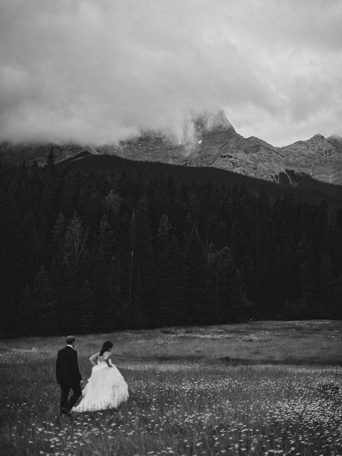 banff wedding photographer 62